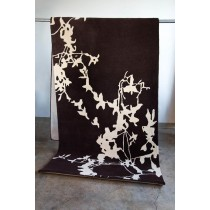 "SILHOUETTE HAND TUFTED WOOL RUG 144"" x 4"