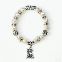 PEARL STRETCH BRACELET WITH OWL CHARM
